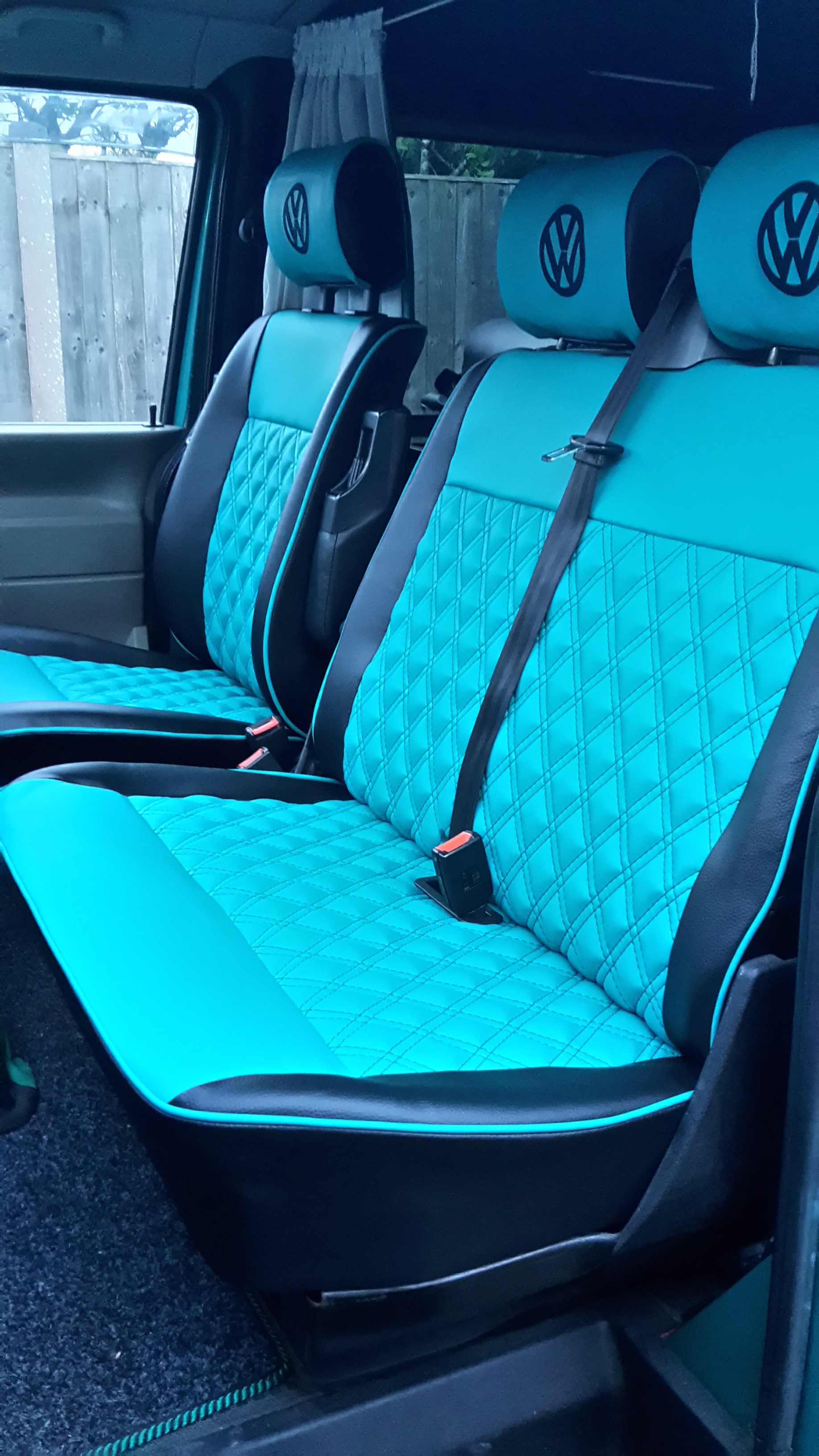 T4 Captain And Bench Seat In Green And Black Vinyl Vdub